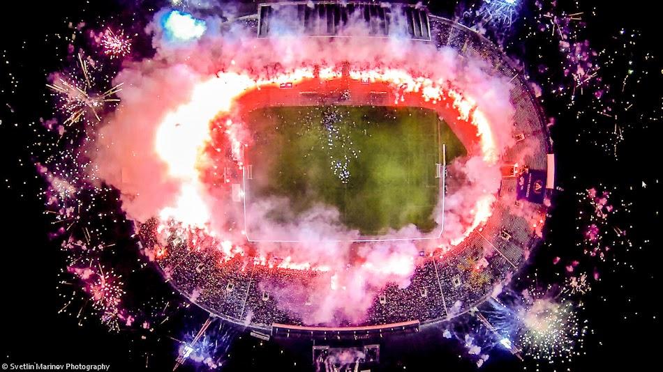 imagen de estadio hecha con dron